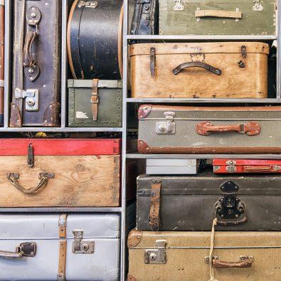 Opgestapelde koffers