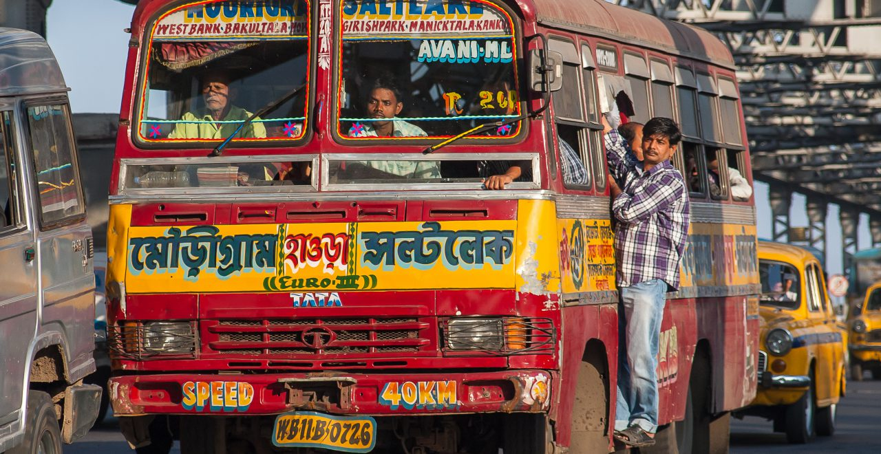 Kleurrijke bus in India